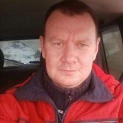 Парень из Москвы, ищу девушку для секса, с местом