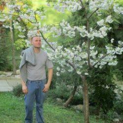 Молодой парень сделает куни девушке в Воронеже