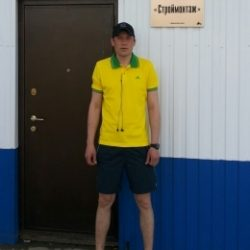 Парень, ищу девушку для куни в моем авто в Воронеже