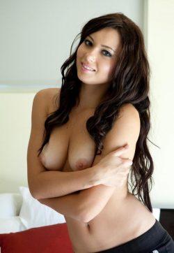Девушка спортивного телосложения, с приятными формами, без жирка и силикона встретится с мужчиной.
