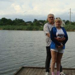 Молодая пара ищет девушку или пару для частых встреч в Воронеже